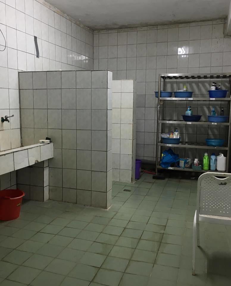 高丹華表示,烏坵唯一的醫護所設備簡陋破舊,卻沒有修護改善。高丹華提供