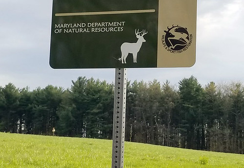 Photo hunting sign at wildlife management area